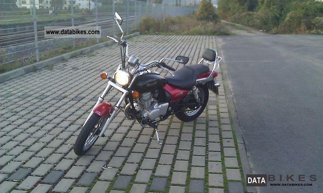 2005 Kawasaki  Eliminator BN125A Motorcycle Chopper/Cruiser photo