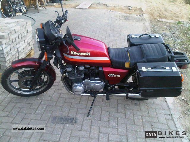 1989 Kawasaki  GT750 Motorcycle Naked Bike photo