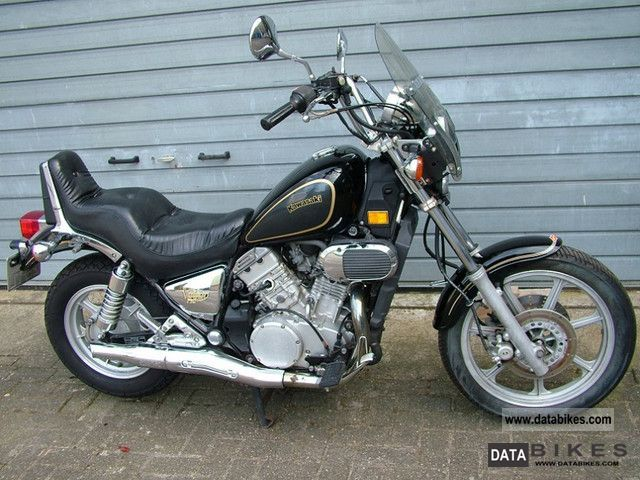 1989 Kawasaki  VN 750 Vulcan Motorcycle Chopper/Cruiser photo