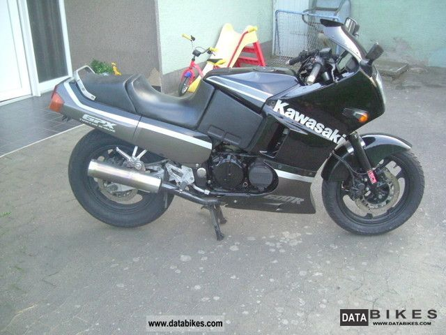 1989 Kawasaki  GPX 600 Motorcycle Sports/Super Sports Bike photo