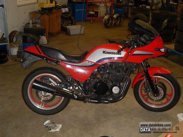 1984 Kawasaki GPZ 750 Motorcycle