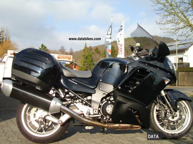 2010 Kawasaki  1400 GTR factory warranty until 04/2013 Motorcycle Tourer photo