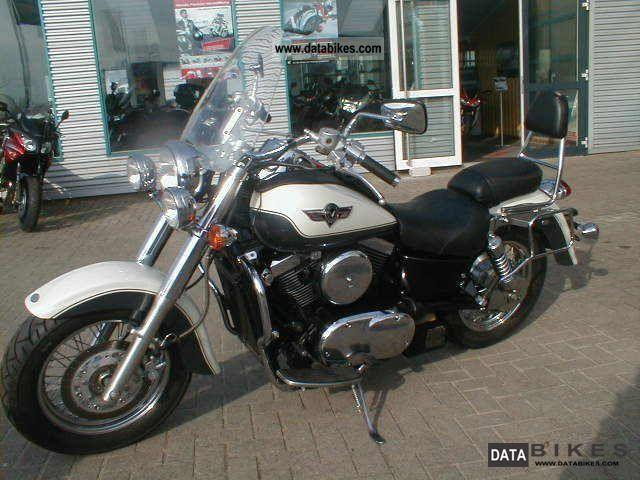 2001 Kawasaki  VN 1500 Motorcycle Chopper/Cruiser photo