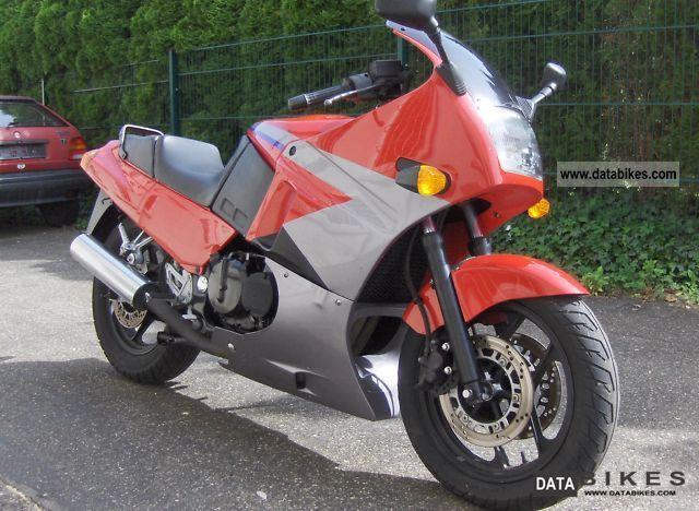 1995 Kawasaki  GPX 600 Motorcycle Motorcycle photo