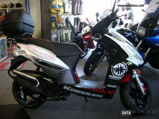Kreidler  RMC-H, 50 DD Galactica topcase included in the color 2012 Scooter photo
