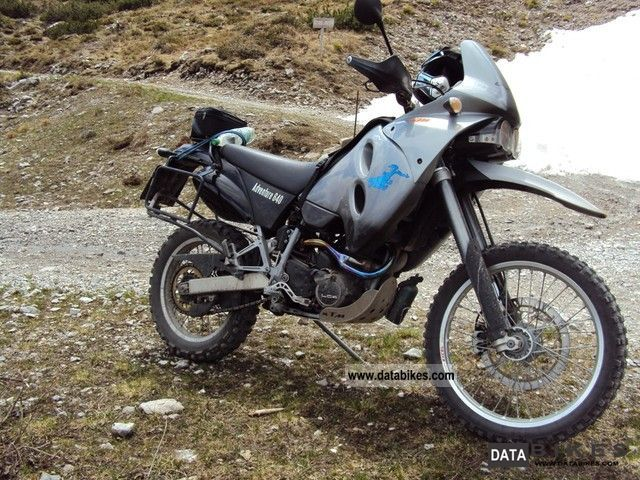 2002 KTM  640 LC4 Adventure Motorcycle Enduro/Touring Enduro photo