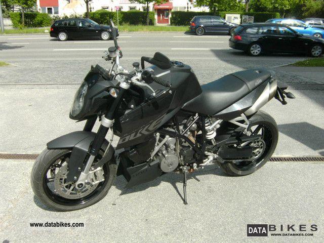 2009 KTM  Super Duke 990 SD top Motorcycle Streetfighter photo