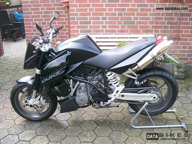 2006 KTM  SuperDuke990 Motorcycle Naked Bike photo