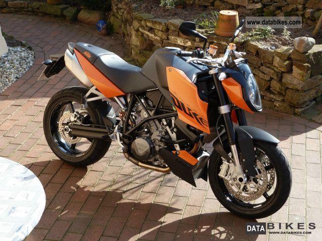 2010 KTM  Super Duke 990 Super Duke like NEW CARBON Motorcycle Naked Bike photo
