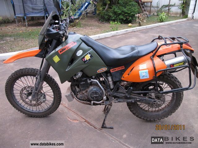2004 KTM  LC4 Military Motorcycle Enduro/Touring Enduro photo