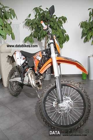 2010 KTM  125 EXC Motorcycle Lightweight Motorcycle/Motorbike photo