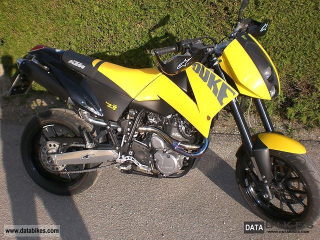 2007 KTM  Duke II 640 LC4 Motorcycle Super Moto photo