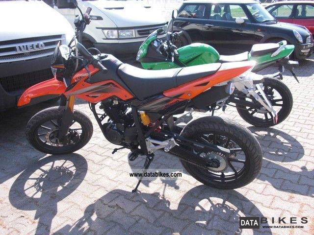 2011 KTM  Imitation LONCIN 250 Motorcycle Super Moto photo