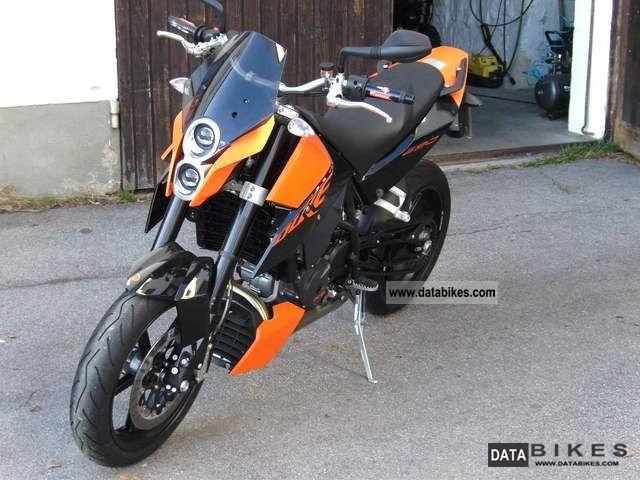 2008 KTM  Duke Motorcycle Naked Bike photo