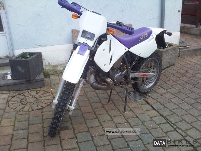 1997 KTM  LC2 Motorcycle Lightweight Motorcycle/Motorbike photo