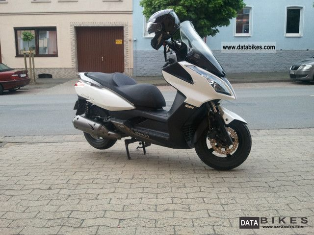 ניס 2010 Kymco Downtown 125 i KM-81