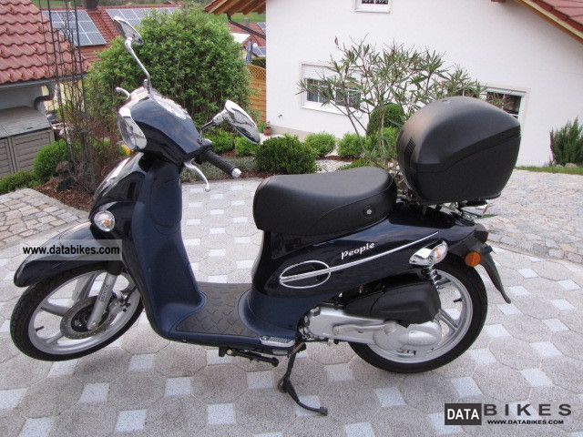 Kymco  People 50 2002 Scooter photo