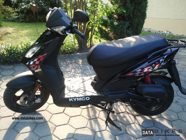 2011 Kymco  50 DJ S Motorcycle Scooter photo