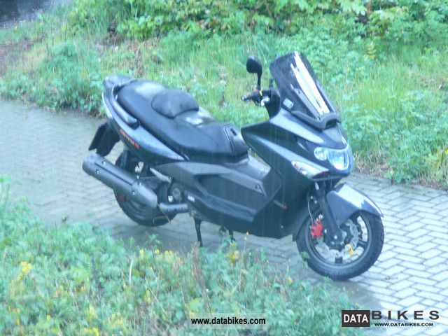 Kymco  Xiting 2009 Scooter photo
