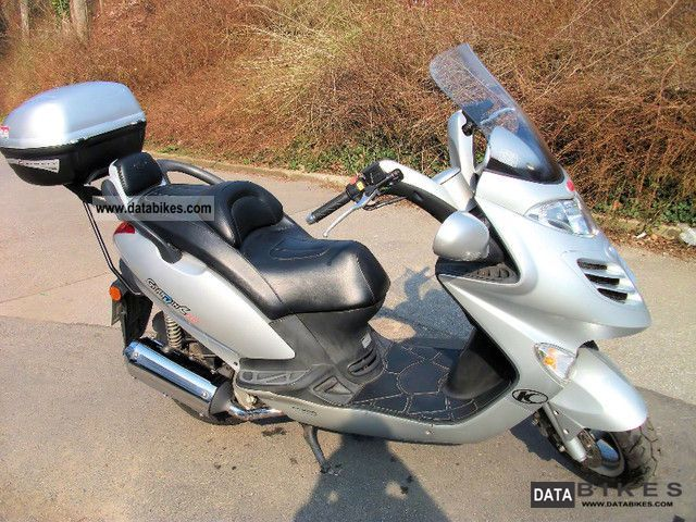 2002 Kymco  250 grand thing Motorcycle Scooter photo