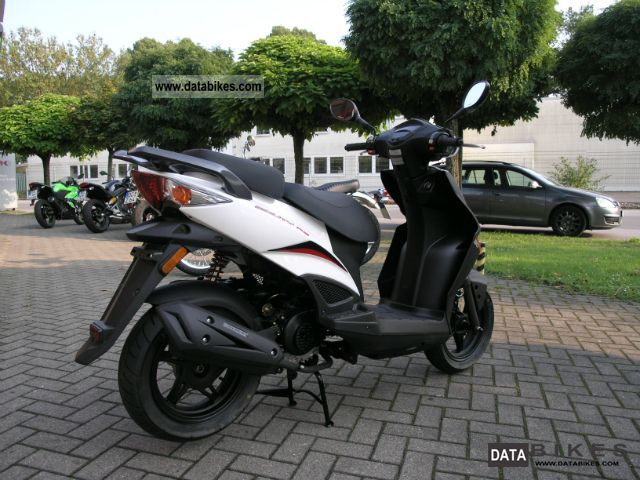 2011 kymco kymco agility rs 50 from the dealer. Black Bedroom Furniture Sets. Home Design Ideas