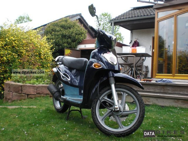 2003 Kymco  People Motorcycle Scooter photo