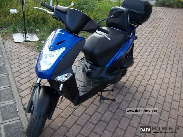 2010 kymco agility moped 25 km h. Black Bedroom Furniture Sets. Home Design Ideas