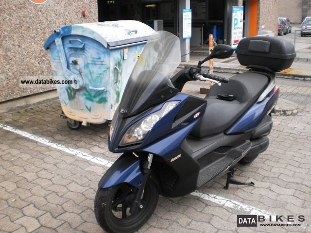 2010 Kymco  125 DOWNTOWN Motorcycle Scooter photo