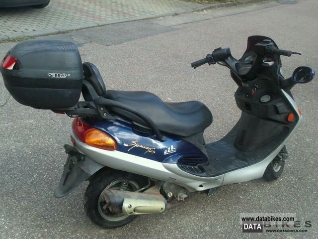 1998 Kymco  Spacer Motorcycle Scooter photo
