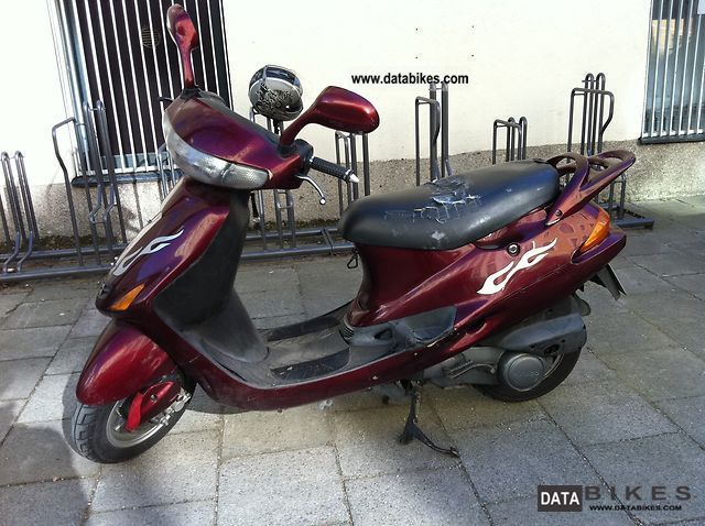 1997 Kymco  Calypso 125 Motorcycle Scooter photo