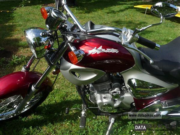 2004 Kymco  Hipster Motorcycle Chopper/Cruiser photo