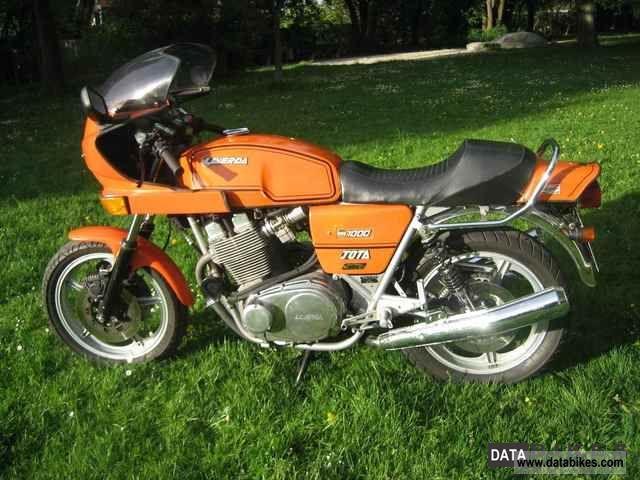 1982 Laverda  1000 Jota/180 Motorcycle Sports/Super Sports Bike photo