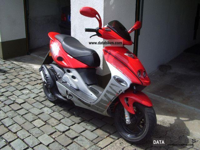 2002 Malaguti  F15 Firefox LC Motorcycle Scooter photo