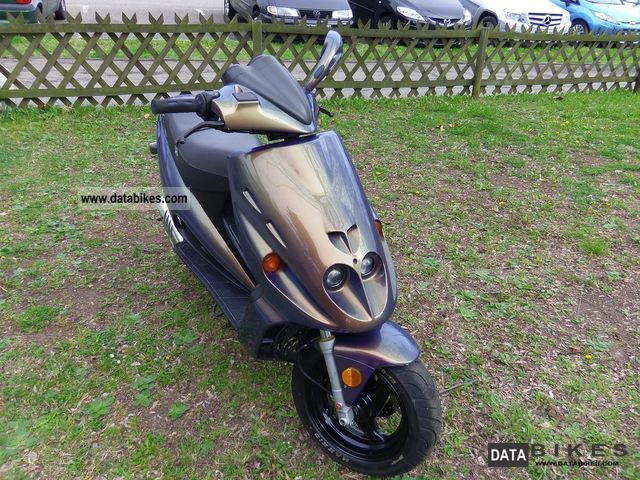 1999 Malaguti  F 12 Motorcycle Motor-assisted Bicycle/Small Moped photo