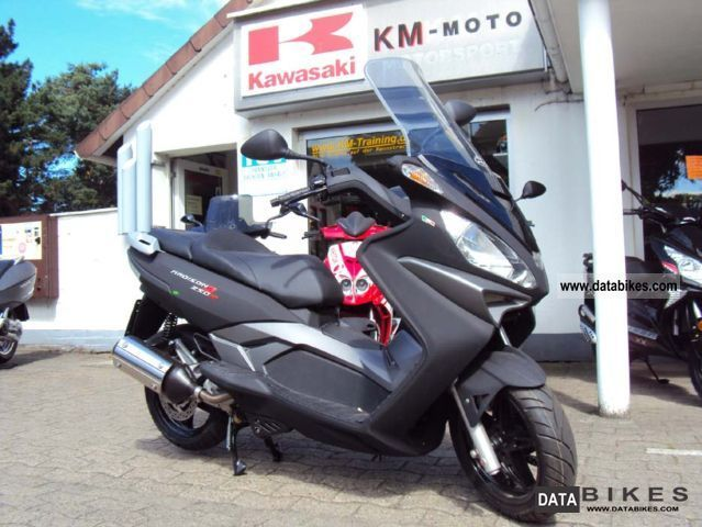 2011 Malaguti  Madison 250 i.e - with approval - 0 Km Motorcycle Scooter photo