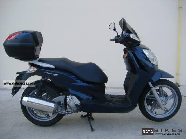 Malaguti  Password 250 2006 Scooter photo