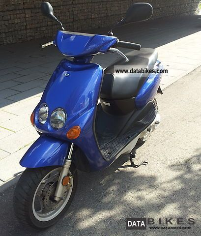 2001 MBK  ovetto Motorcycle Scooter photo