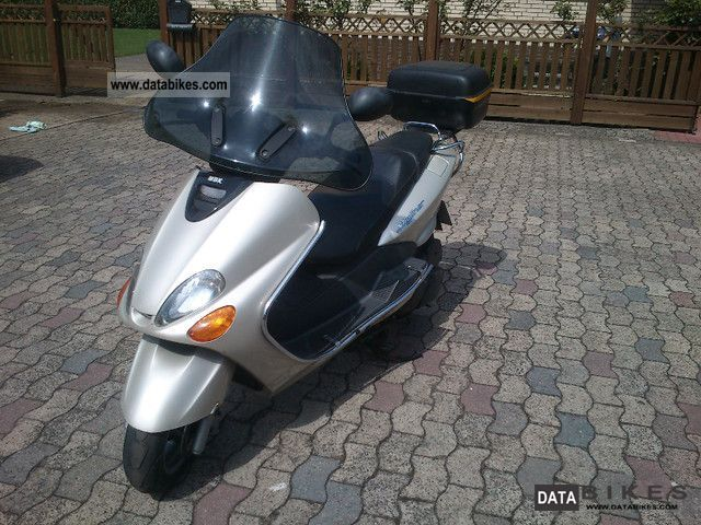 1998 MBK  Skyliner Motorcycle Lightweight Motorcycle/Motorbike photo