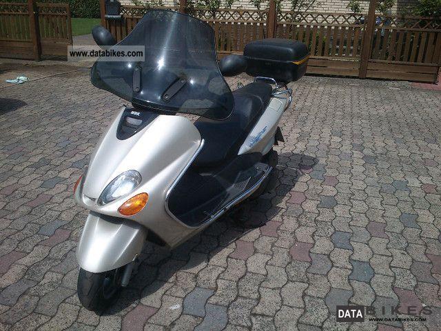 MBK  Skyliner 1998 Lightweight Motorcycle/Motorbike photo