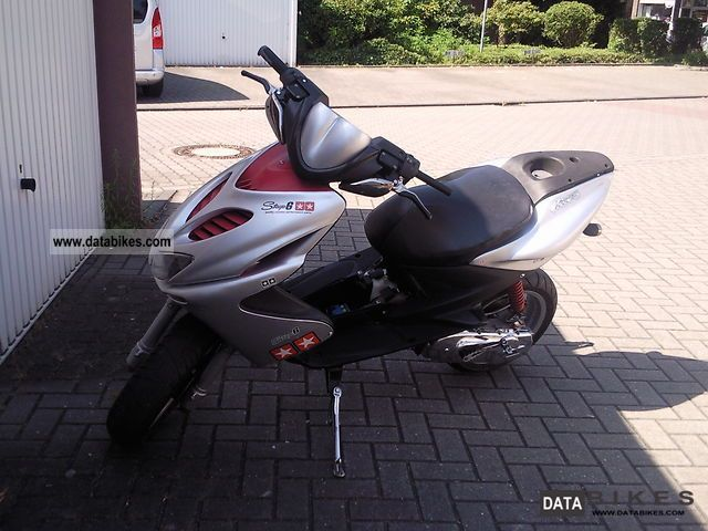 2005 MBK  Aerox YQ50 Motorcycle Scooter photo