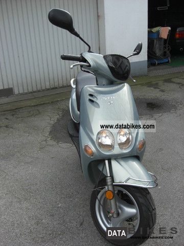 2005 MBK  Ovetto Motorcycle Scooter photo