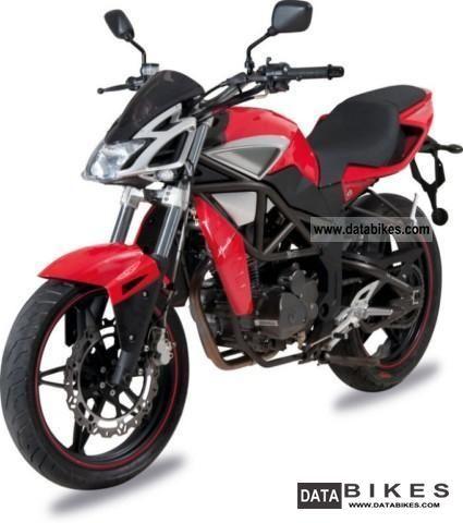 2011 Megelli  125 Naked Motorcycle Super Moto photo
