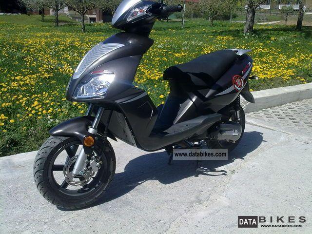2012 Motobi  Imola 50 SE Motorcycle Scooter photo