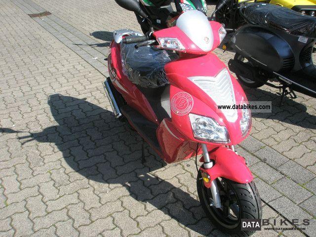 2011 Motobi  Imola than 45/25 Red Devil Motorcycle Scooter photo