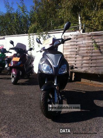 2011 Motobi  Imola for SPECIAL PRICE! Motorcycle Scooter photo
