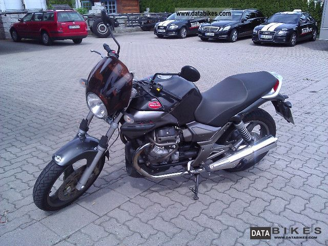 2004 Moto Guzzi  Breva 750 is throttled to 34 hp Motorcycle Naked Bike photo
