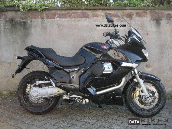 2011 Moto Guzzi  NORGE GT 8V Motorcycle Tourer photo