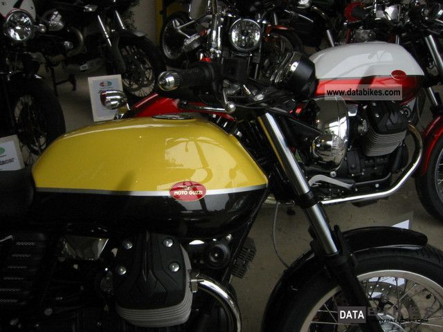 2011 Moto Guzzi  V7 Special Motorcycle Motorcycle photo