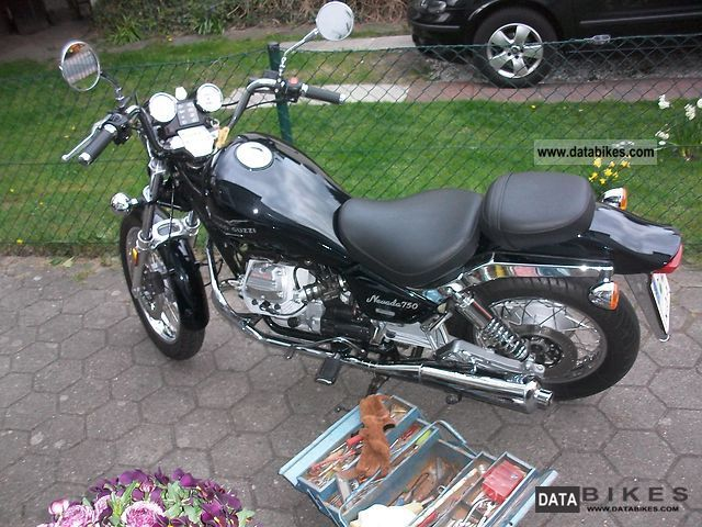 2002 Moto Guzzi  750 Nevada Motorcycle Chopper/Cruiser photo