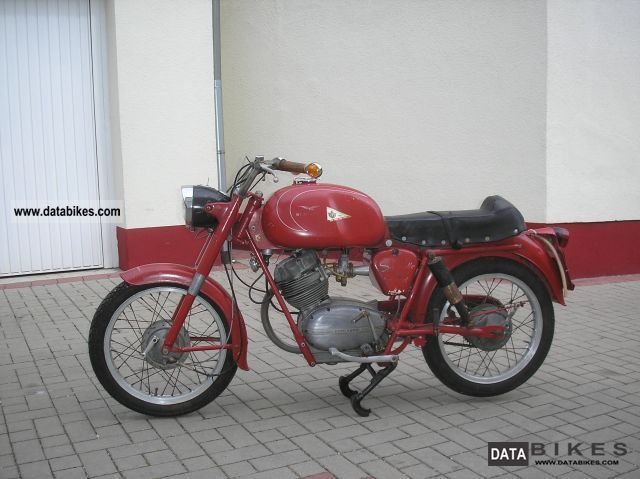 Moto Guzzi  Stornello 125 German papers EP16 tires new 1960 Vintage, Classic and Old Bikes photo